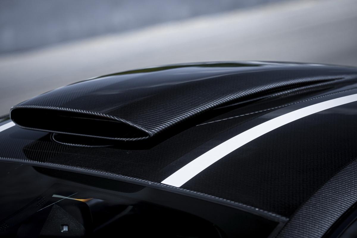 Theo công bố của McLaren, hệ thống ống xả này sẽ cho ra âm thanh ấn tượng và lớn hơn 5 dB so với hệ thống xả tiêu chuẩn, đồng thời công suất cũng được gia tăng nhẹ.