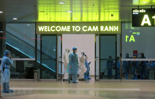 Đưa hơn 220 công dân Việt Nam từ Nhật Bản về nước - ảnh 1