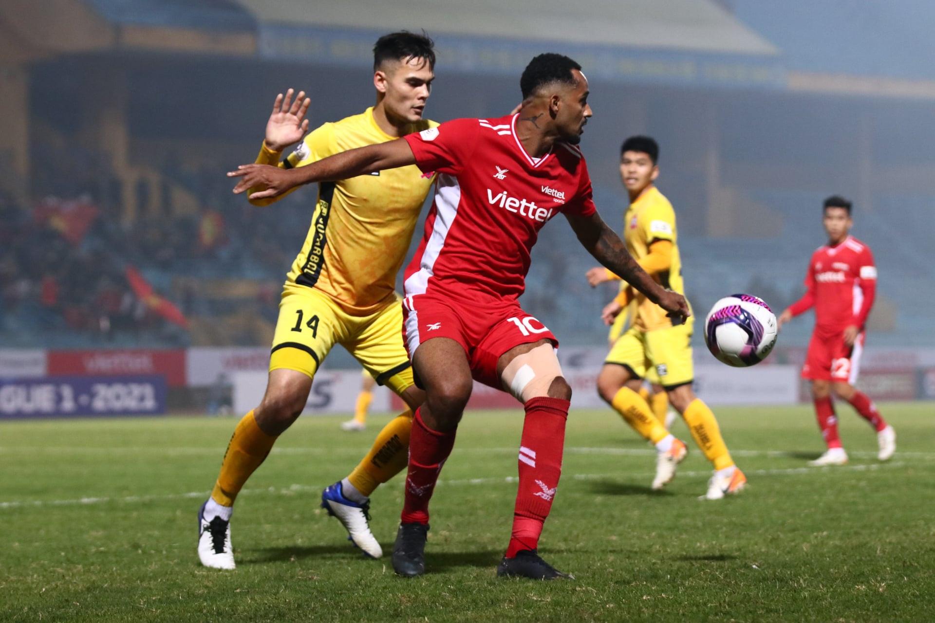 HLV Trương Việt Hoàng: 'CLB Viettel không muốn thua thêm nữa' - 1
