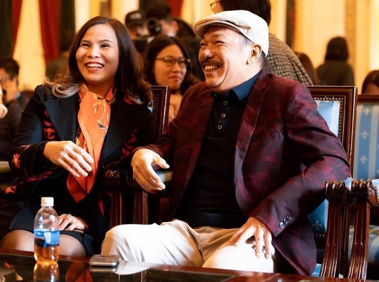 Nhạc sĩ Trần Tiến cười rạng rỡ xuất hiện ở Hà Nội - 6