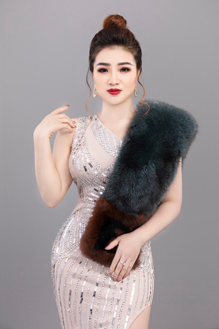 Nghẹn ngào dòng tâm sự của CEO Ngô Vân gửi bố mẹ và 3 em gái - 1