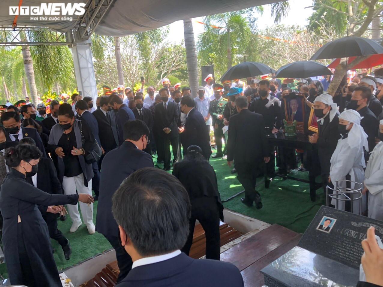 Ảnh: Tiễn đưa nguyên Phó Thủ tướng Trương Vĩnh Trọng về với đất mẹ - 8