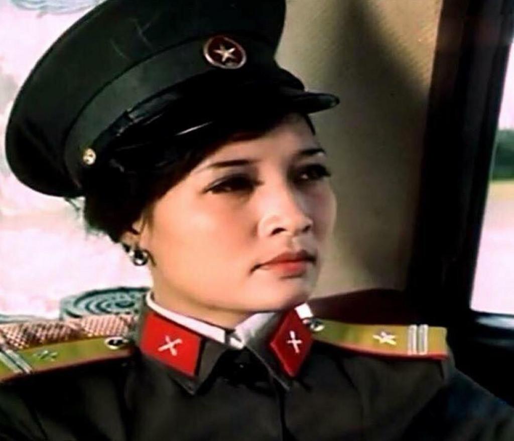 Vẻ đẹp lộng lẫy của NSƯT Hà Xuyên - nữ chính phim 'Biệt động Sài Gòn' - 5