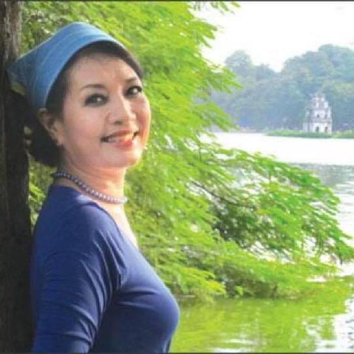Vẻ đẹp lộng lẫy của NSƯT Hà Xuyên - nữ chính phim 'Biệt động Sài Gòn' - 9