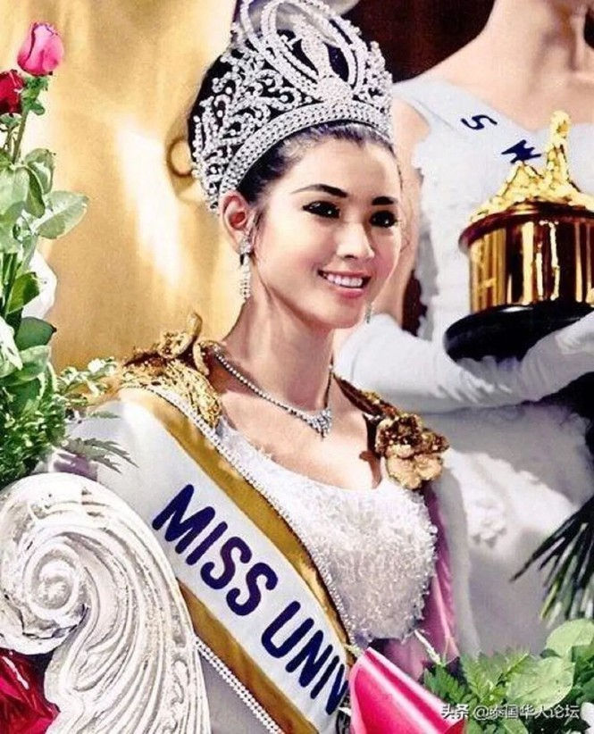 Tuổi U80, Hoa hậu Hoàn vũ Thái Lan vẫn trẻ đẹp không tin nổi - 3