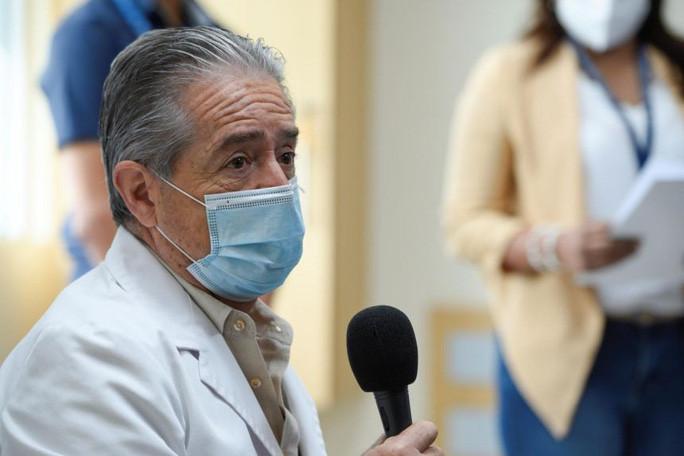Vướng bê bối tiêm vaccine COVID-19, 3 Bộ trưởng y tế Mỹ Latin mất ghế  - 1