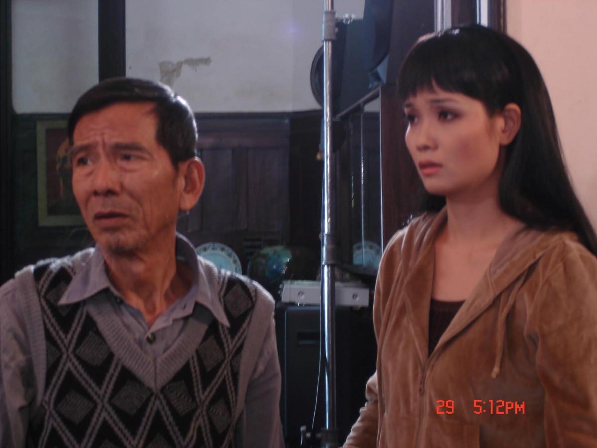 NSND Trần Hạnh và diễn viên Mai Thu Huyềntrong bộ phim