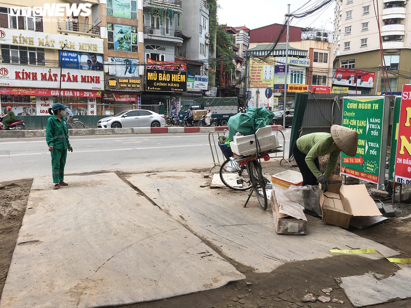 Hầm chui 700 tỷ đồng bị 'tuýt còi', nút thắt cổ chai ở Hà Nội được giải tỏa - 8