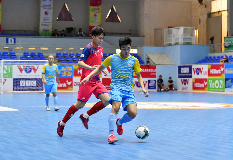 Futsal HDBank VĐQG 2021: Sahako vô địch lượt đi - 1