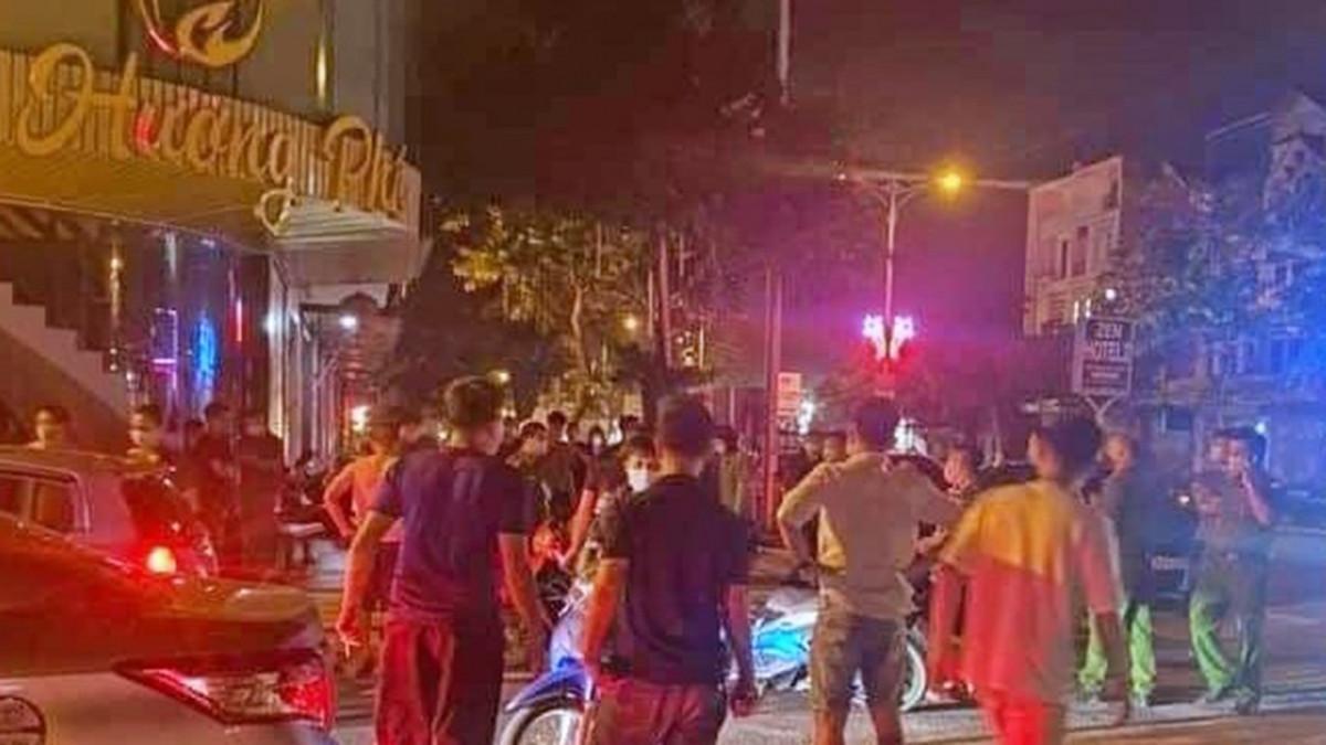Cơ quan công an ở Vĩnh Phúc kiểm tra tại TP.Vĩnh Yên tối 3/5.