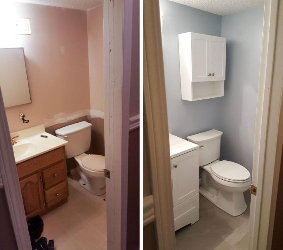 Nếu không gian nhà tắm của bạn quá chật hẹp, tại sao bạn không nghĩ đến việc đóng thêm một chiếc tủ nhỏ xinh xắn để lưu trữ đồ đạc?