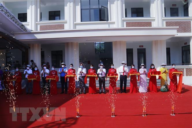 Tuyen Quang: Khanh thanh Tram y te xa do Chinh phu Han Quoc tai tro hinh anh 1