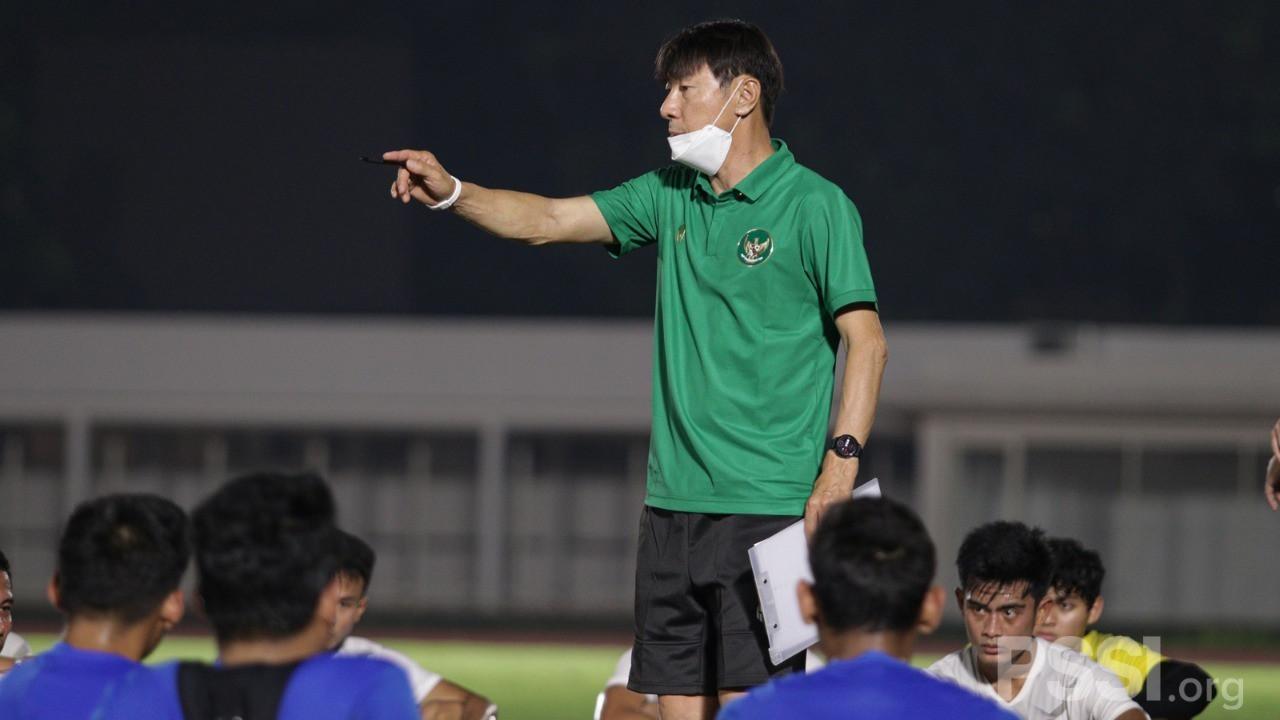Vòng loại World Cup 2022: Indonesia chốt danh sách đấu tuyển Việt Nam  - 2