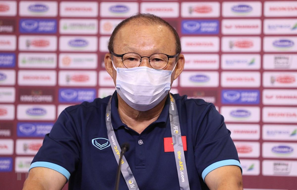 Gặp UAE, HLV Park Hang Seo cấm tuyển Việt Nam đá thủ hòa - 1