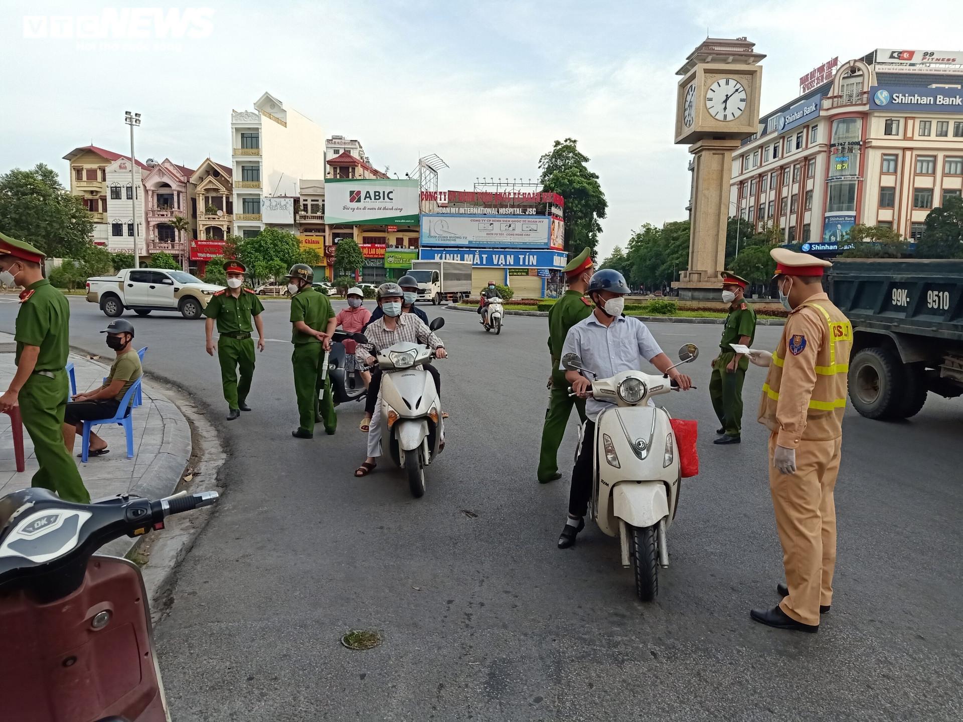 TP Bắc Ninh đề xuất thay đổi giãn cách xã hội theo lộ trình - 2