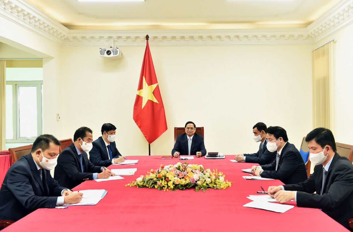 Thủ tướng Phạm Minh Chính điện đàm với Thủ tướng Cộng hòa Pháp Jean Castex.