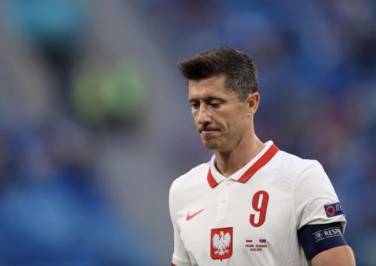 Kết quả bóng đá EURO: Lewandowski tịt ngòi, Ba Lan thua đau trước Slovakia  - 3