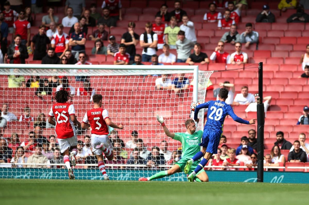 Phút 26,Timo Werner đột phá thoải mái ở trung lộ rồi chuyền bóng rất thoáng cho Kai Havertz băng lên dứt điểm tung lưới Arsenal.