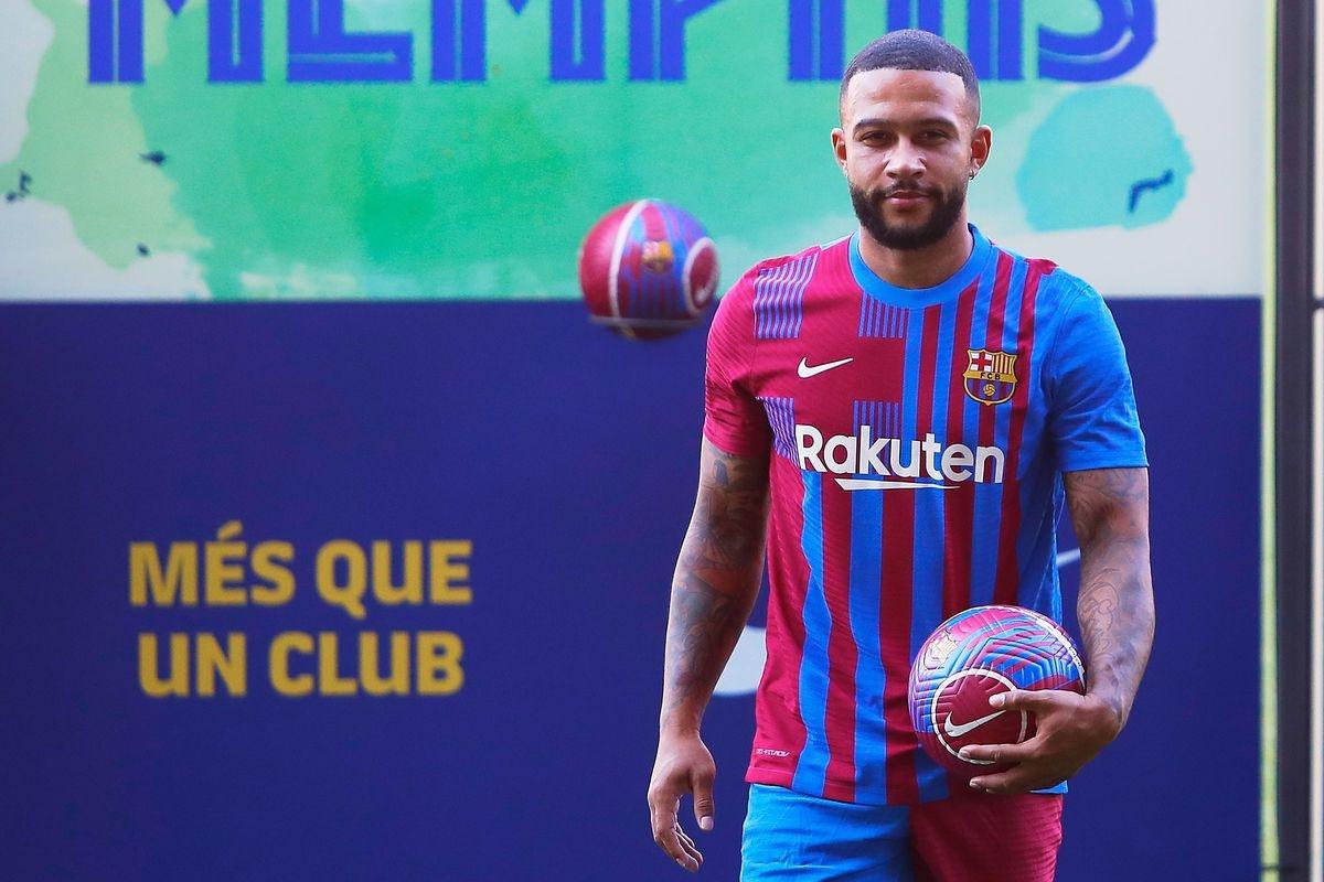 8. Memphis Depay từ Lyon sang Barca theo dạng chuyển nhượng tự do