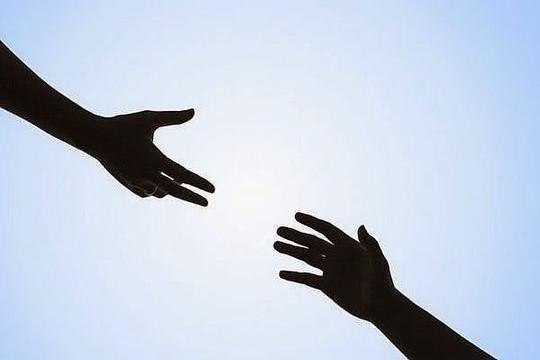 Thiên lý hữu tình: Đừng chần chừ khi giúp đỡ người khác