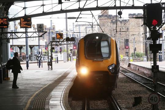 Tư nhân hóa đường sắt: Vì sao kẻ thành người bại?