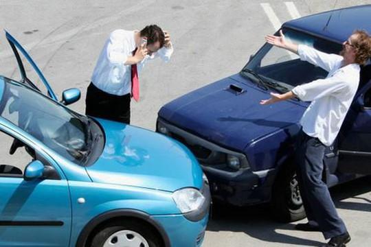 Dành cho lái mới: Kỹ thuật căn làn đường và khoảng cách khi lái xe