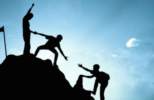Thiên lý hữu tình: Sự giúp đỡ đôi khi là một hành trình không cần đích đến