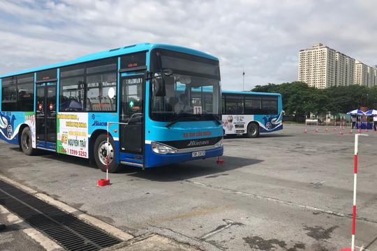 Nâng cao chất lượng phục vụ để thu hút hành khách sử dụng xe buýt