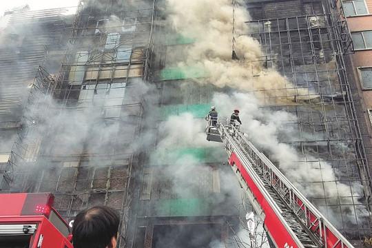 Nguy cơ cháy nổ tại công trình đang xây dựng: Không thể chủ quan
