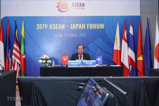 Nhật Bản nhấn mạnh ưu tiên tăng cường hợp tác với ASEAN (14/10/2020)