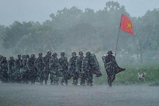 Dân mạng nghẹn ngào tiếc thương 13 cán bộ, chiến sĩ hy sinh ở Rào Trăng 3