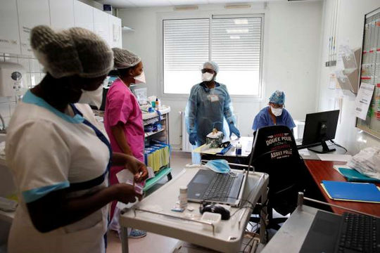 Pháp ghi nhận kỷ lục hơn 30.000 ca nhiễm Sars-CoV-2 trong 1 ngày (16/10/2020)