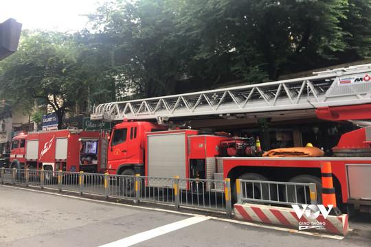 Tp.HCM: Cháy khách sạn ở trung tâm quận 1, nhiều người tháo chạy