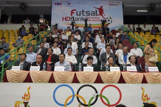 Toàn cảnh lễ bế mạc Giải Futsal HDBank VĐQG 2020