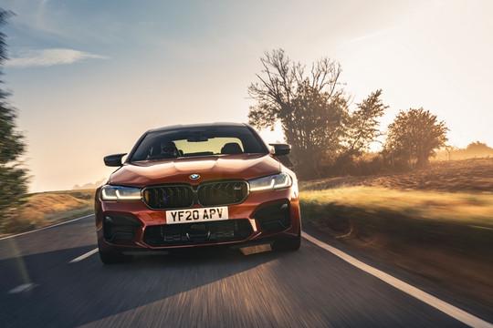 BMW M5 ấn tượng và 'ngầu' hơn với bản nâng cấp 2021