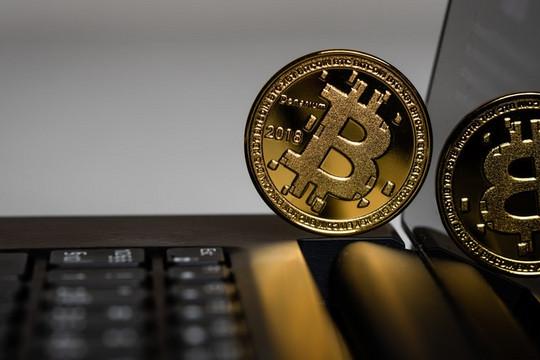 Giá Bitcoin hôm nay 28/10: Bitcoin bùng nổ, tăng gần 600 USD/BTC