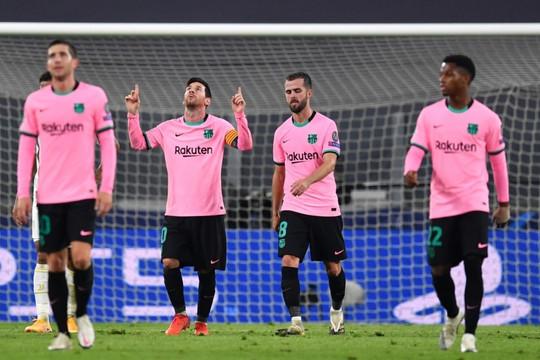 Messi rực sáng, Barca thắng dễ Juventus trong ngày vắng Ronaldo