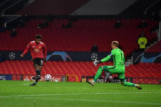 Rashford lập hat-trick, MU đại thắng Leipzig theo kịch bản không tưởng