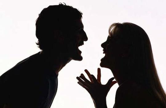 Làm thế nào để tránh mâu thuẫn phát sinh từ việc vợ chồng khắc khẩu?