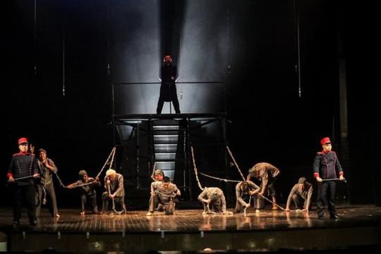 """Nhạc kịch """"Những người khốn khổ"""" và sự đột phá táo bạo của sân khấu Việt"""