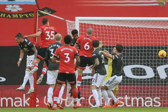 TRỰC TIẾP Southampton 2-0 MU: Ward-Prowse nhân đôi cách biệt
