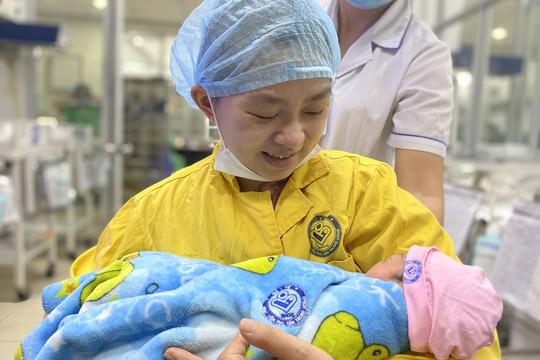 Cứu sống sản phụ mang thai 30 tuần bị tai nạn giao thông nguy kịch