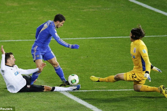 """Ngày này năm xưa: Chelsea """"thua sốc"""" ở chung kết Club World Cup"""