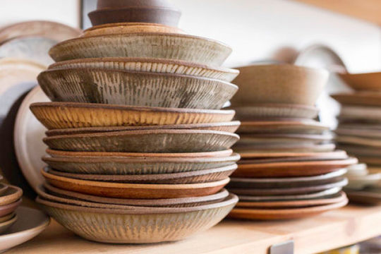 Những mẹo vặt giúp bát đĩa nhà bếp luôn gọn gàng và ngăn nắp
