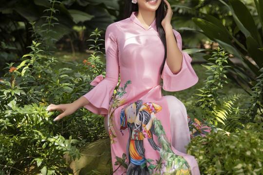 Hoa hậu Tiểu Vy khoe sắc trong áo dài Tết trẻ trung năng động