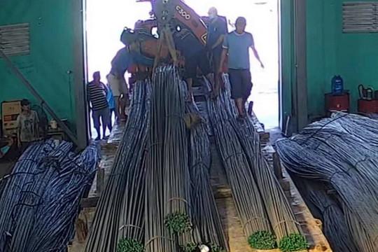 Giả danh nhà sư lừa 20 tấn sắt của doanh nghiệp vật liệu xây dựng