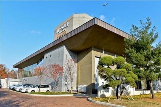 Hàn Quốc xây dựng trung tâm biểu diễn trực tuyến trong bối cảnh Covid-1