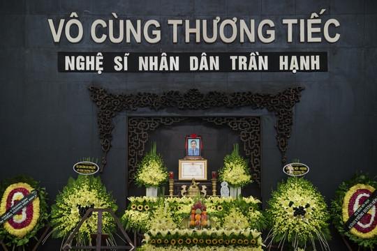 """NSƯT Chiều Xuân: """"Nghe tin NSND Trần Hạnh mất, nước mắt lại trào ra"""""""