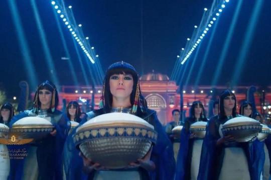 Miral Mahilian: Cô gái xinh đẹp dẫn đoàn rước 22 xác ướp vua Ai Cập