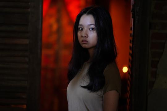 """Sau Mai Cát Vi, Lâm Thanh Mỹ trở thành nạn nhân trong phim kinh dị """"Bóng đè"""""""